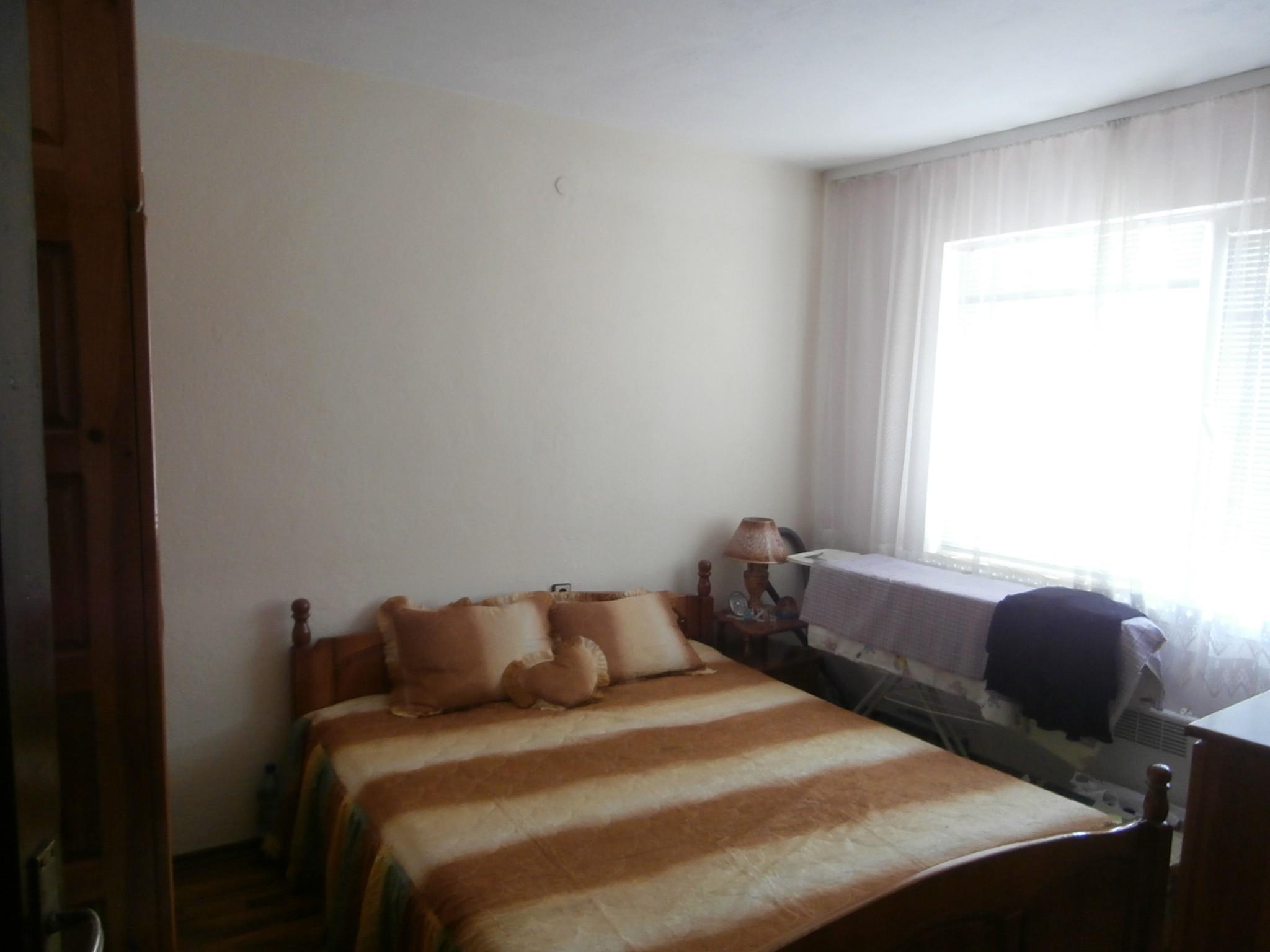 Четиристаен апартамент град Пазарджик
