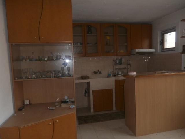 Два етажа от къща и двор град Пазарджик