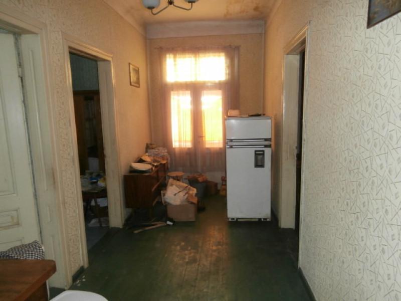 Етаж от къща в Пазарджик