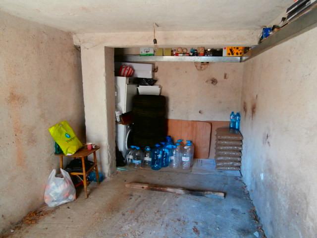Гараж в град Пазарджик