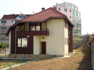 Къща в Варна