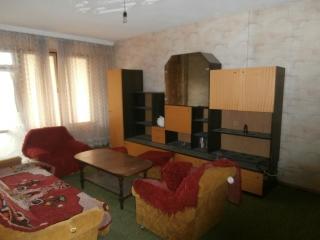 Двустаен апартамент в с.Главиница