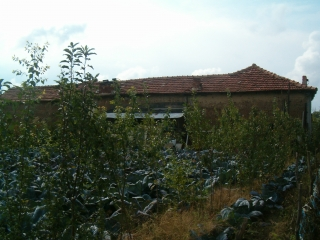 Къща в с.Добровница