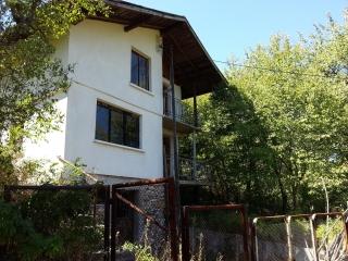 Къща в с.Любница