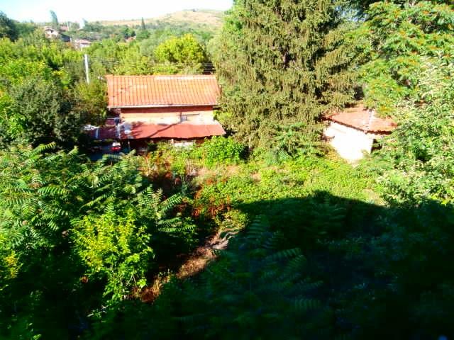Къща с двор село Карабунар
