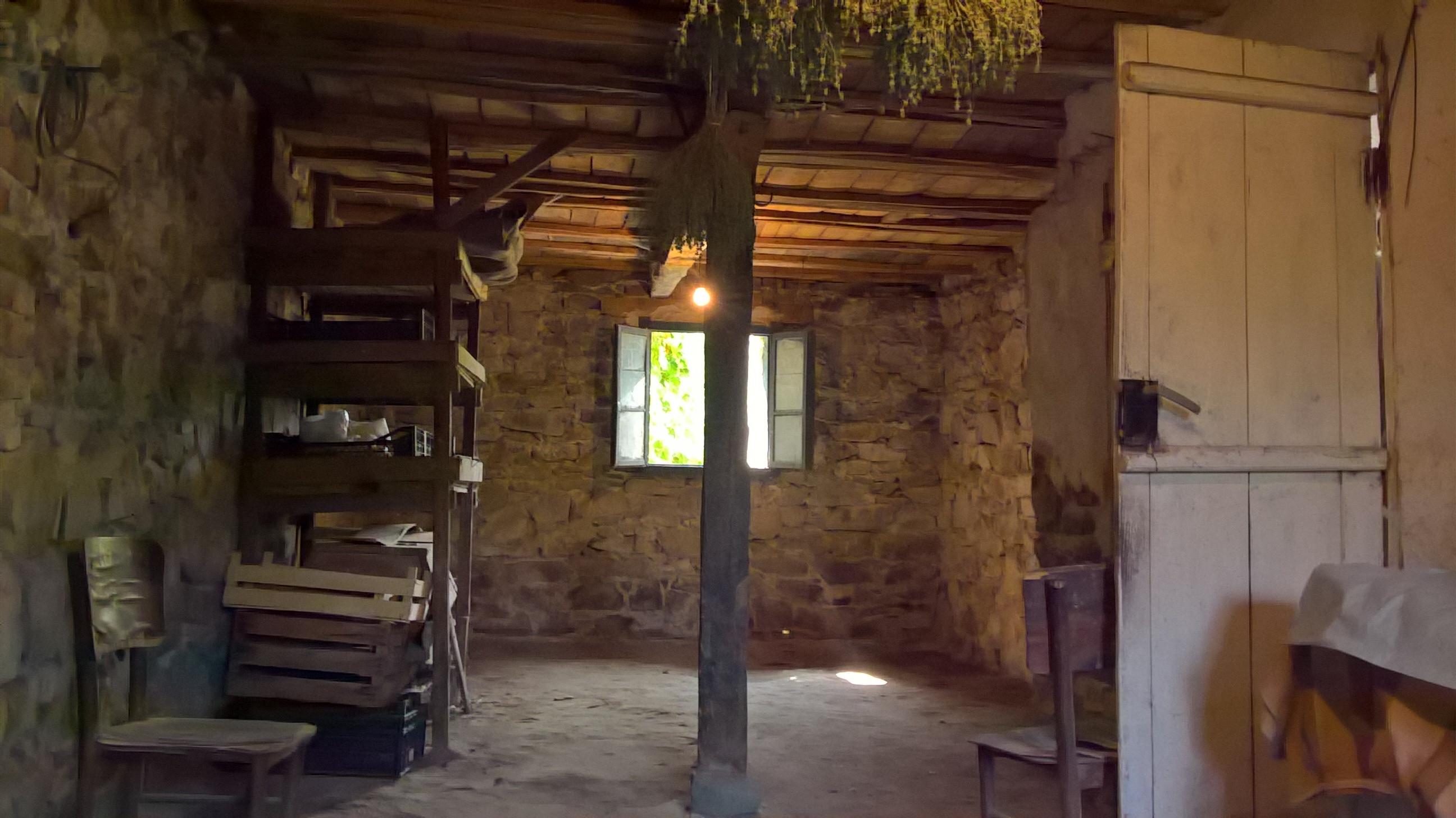 Къща село Виноградец