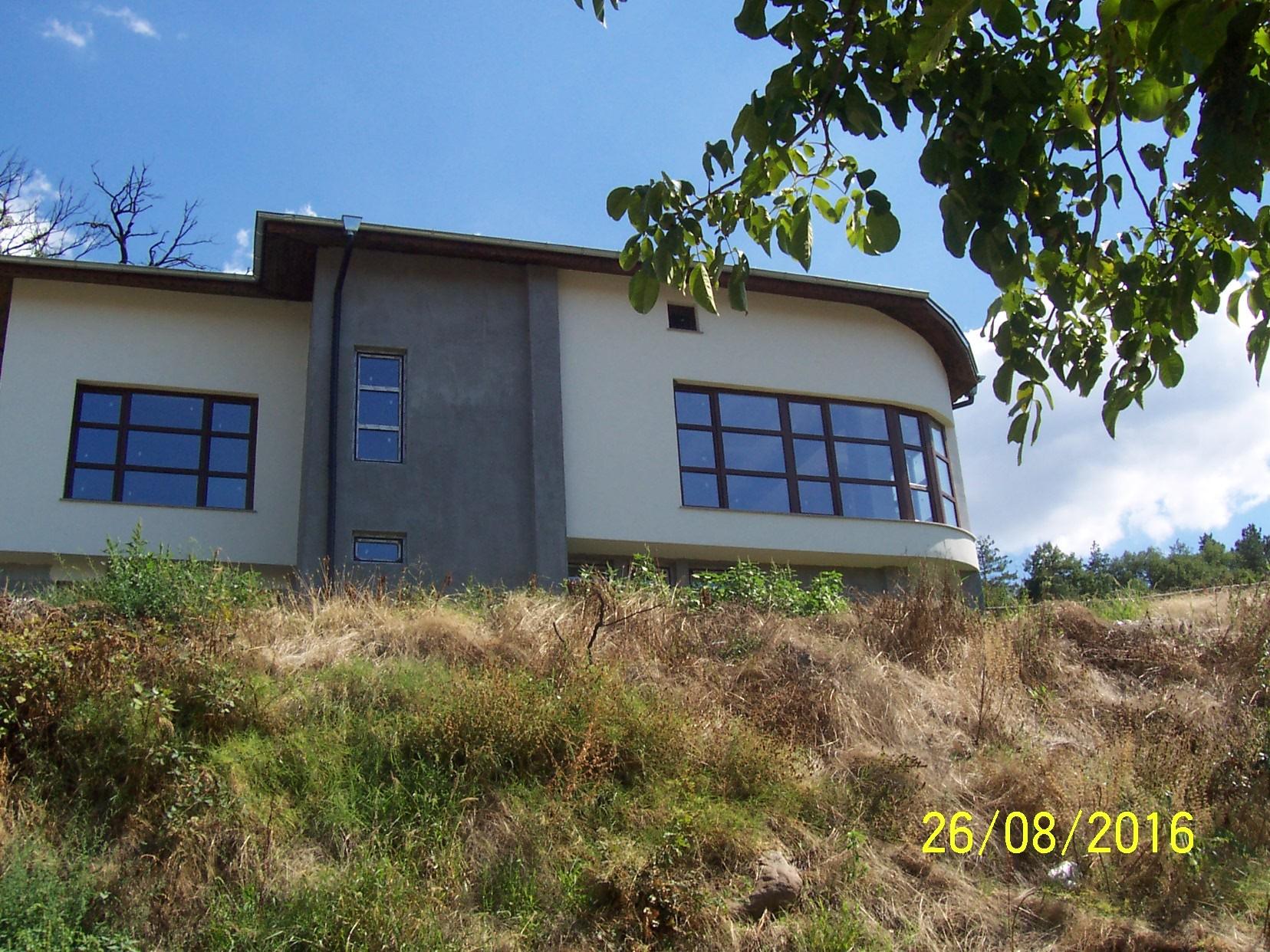 Къща в с.Дебръщица