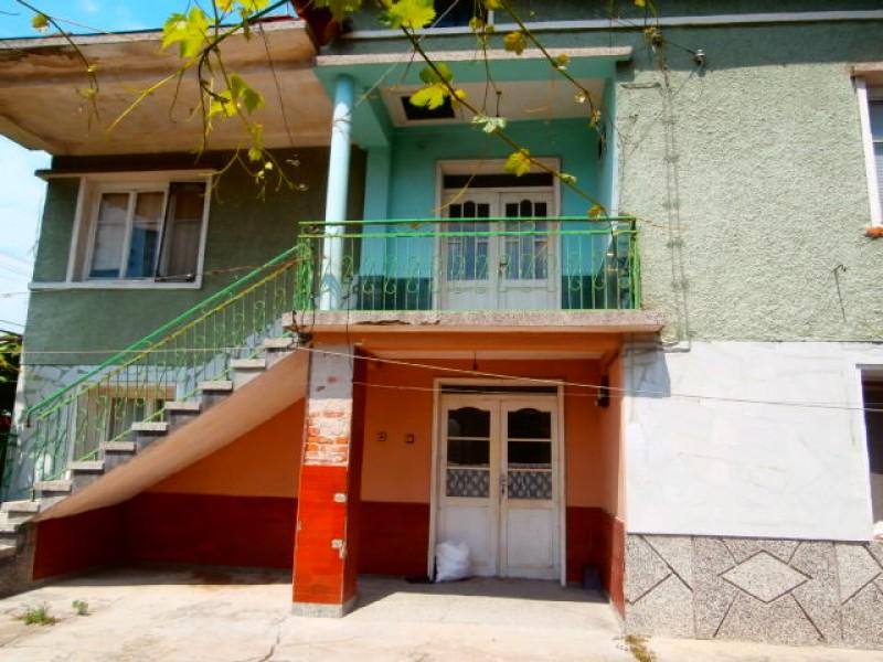 Къща в село Огняново