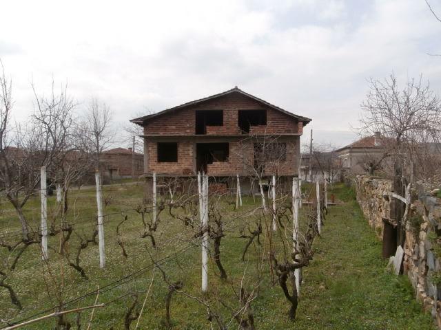 Къща в село Виноградец