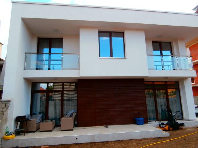 Новпостроена къща в град Пазарджик
