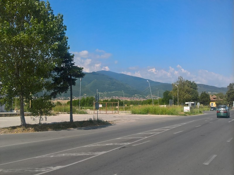 Парцели в село Симеоновец