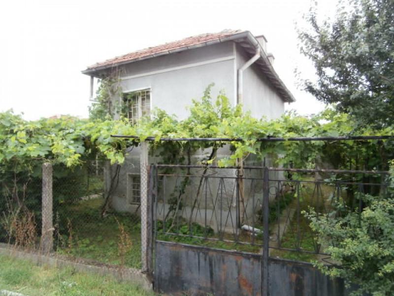 самостоятелна къща с.Малко Белово